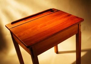 Uncluttered desk is an uncluttered mind.